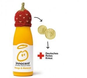 Eine Smoothieflasche mit Mütze. Von dieser gehen 30 cent an das Deutsche Rote Kreuz